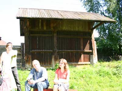 Деревянные ворота дома Сапожникова